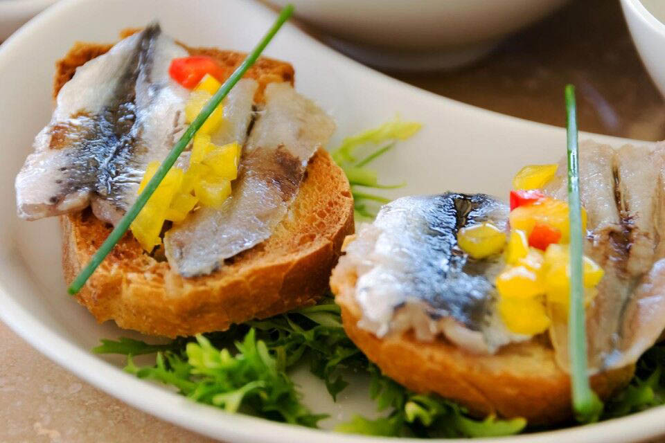 One of the Best Small Boutique Hotels in Bodrum Yalikavak | Fish Tapas on Bread at bistro4 by 4reasons